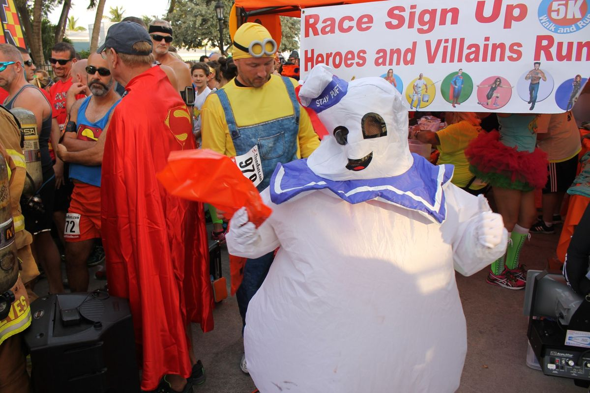 2015 Heroes And Villains Run